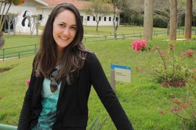 Aluna do Campus Macaé, Luiza Marnet, aprovada para mestrado.