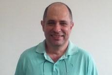 O diretor eleito para a gestão 2016, professor Marcos Cruz.