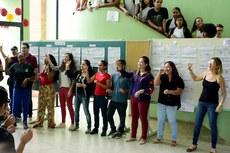 Servidores de diversas áreas do campus estão aprendendo libras para aumentar a inclusão. (Foto: Leonardo Saleh)