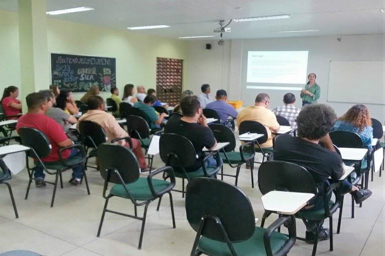 Dirigentes do IFF apresentam edital de Pesquisa e Extensão no Campus Macaé