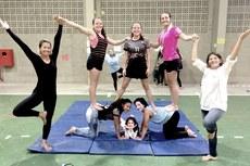 Atividades realizadas desafiaram os corpos em configurações circenses, com ginástica acrobática, expressão artística, malabares, equilíbrio e brincadeiras populares.