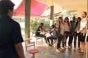 Estudantes em cena durante a gravação do vídeo.