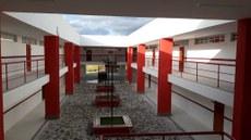 A unidade tem aproximadamente 40 mil m² de espaço físico total