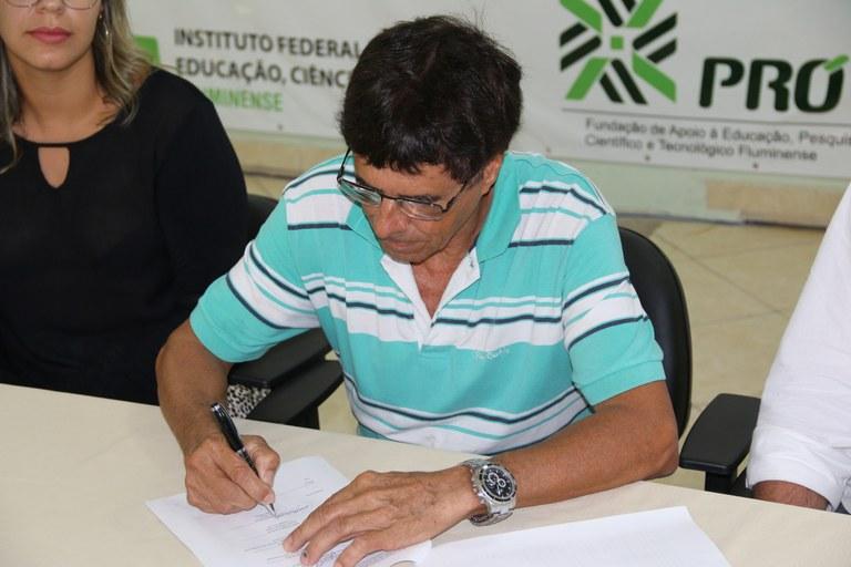 Assinatura do segundo contrato PICG