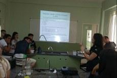 Oficina contou com participação de alunos do Curso Técnico em Química