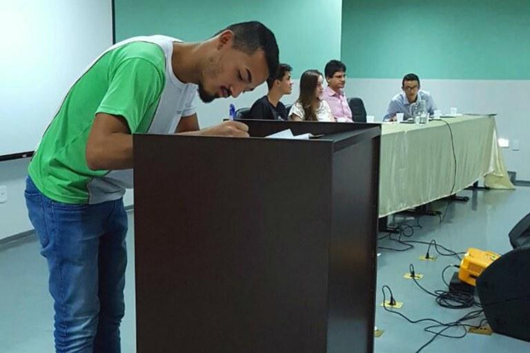 CAMPUS PÁDUA REALIZA SOLENIDADE DE POSSE DA NOVA DIRETORIA DO GRÊMIO ESTUDANTIL