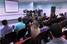 A reunião contou com a participação de dirigentes de escolas públicas e do Conselho Tutelar