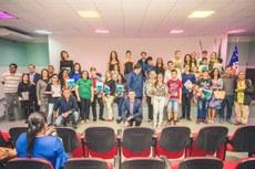 Estudantes de diversos municípios receberam a honraria no auditório do IFF Pádua.