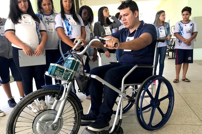 Projeto Mobilizar, do IFF Santo Antônio de Pádua, dá mais acessibilidade a cadeirantes