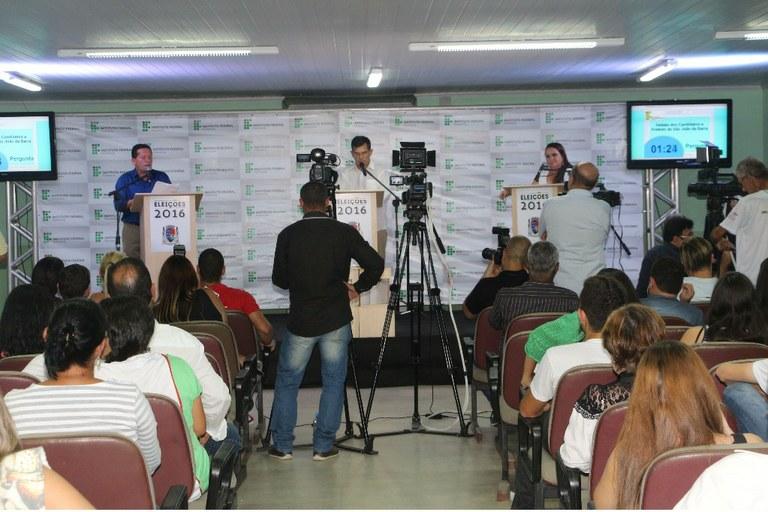 Campus São João da Barra realiza o primeiro debate entre os prefeitáveis do município