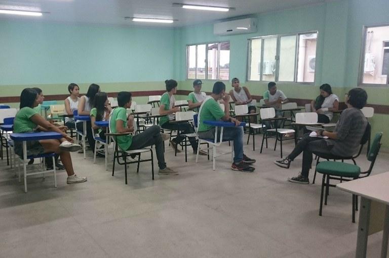 Estudantes promovem ações contra a PEC 55 1.jpg