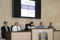 Da esquerda para a direita: Túlio Baita, Ronaldo Paranhos, Adriana Crespo, Manuel Molina e Rodrigo Fernandes.