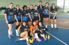 Equipe do Campos Centro, vencedora do voleibol feminino