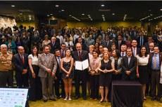 Representantes do Governo Federal, estados, municípios, instituições públicas e privadas (Foto: Isabelle Araújo/MEC)