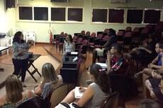 Ana Mary Barreto durante sua fala aos membros do Fórum