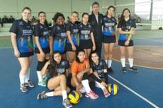 Time de voleibol feminino do Campus Campos Centro