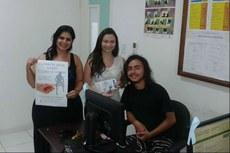 As servidoras Thais Almeida e Bárbara de Oliveira durante ação da campanha