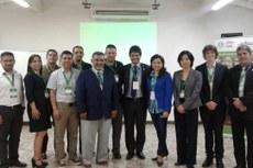 Representantes do Ministério da Educação do Paraguai, da Fundação Paraguais, da Unesco/UInevoc e gestores do Uruguai, Colômbia e México.