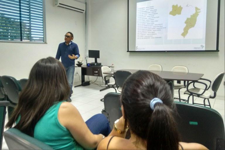 Seminário apresenta programa de mestrado e esclarece dúvidas
