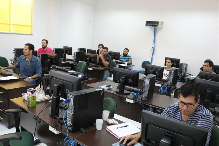 Servidores participam de curso de atualização
