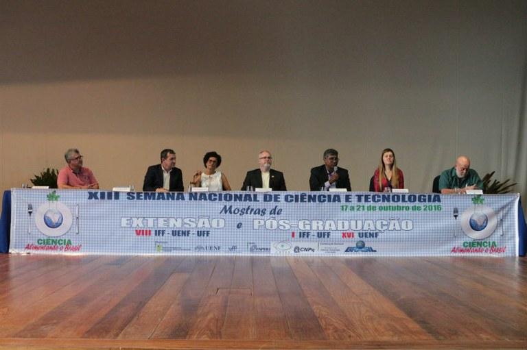 XIII Semana Nacional de Ciência e Tecnologia inicia suas atividades em Campos- RJ.jpg