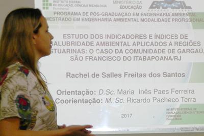Rachel Salles obteve o título de mestra com nota máxima.