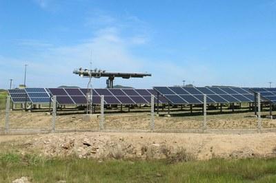 Módulos fotovoltaicos do Campus Cabo Frio