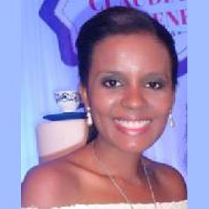 essentia-Claudia