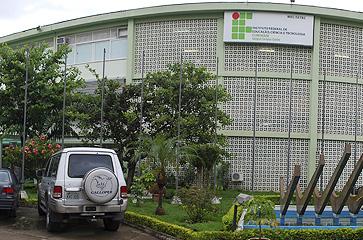 fachada_centro.jpg