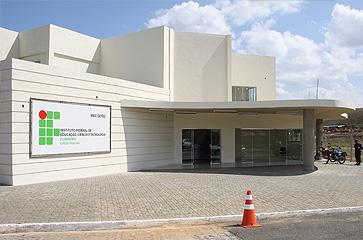 fachada_itaperuna.jpg
