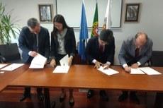 Convênio foi assinado em Portugal, na sede do Instituto Politécnico de Bragança.