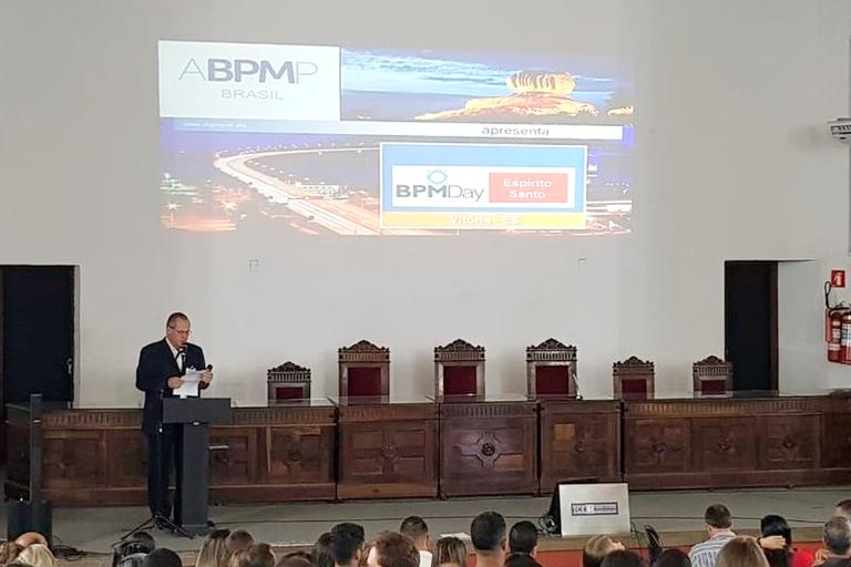 Alunos do Mestrado Saeg e Profnit participam de evento do BPM Day