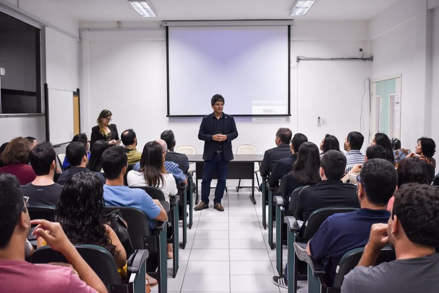 Aula inaugural de mestrados tem palestra sobre inovação e a relação academia-empresa