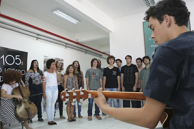 Comemoração dos 108 anos da Rede Federal conta com apresentação do coral do Campus Macaé