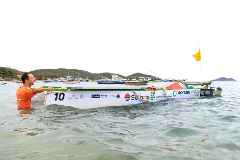 Desafio Solar: instituições participam de competição de barcos em Búzios