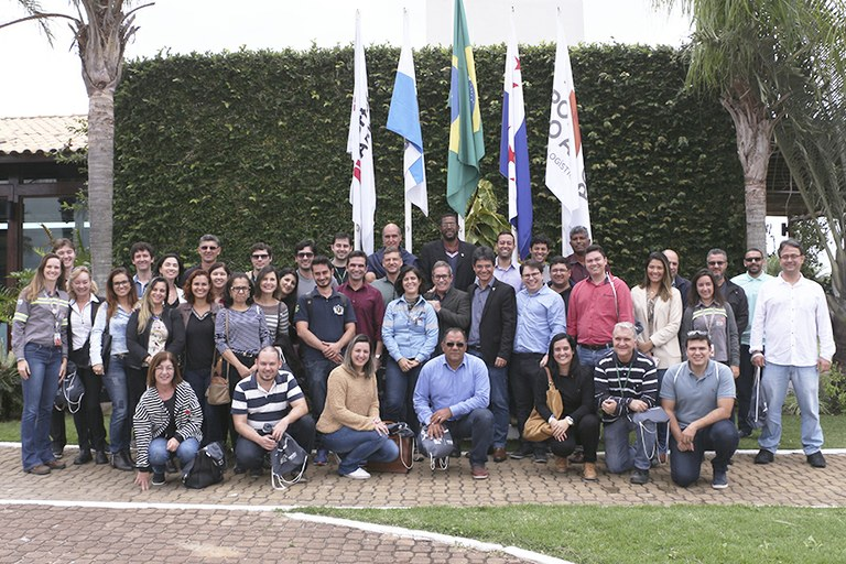Gestores do IFFluminense visitam o Porto do Açu