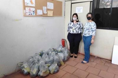 Produtos de limpeza e higiene pessoal foram doados para distribuição a famílias cadastradas no Centro de Referência da Assistência Social de Campos dos Goytacazes-RJ.