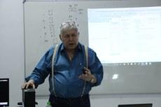 O curso foi ministrado por José Antonio Borges, do Projeto DOSVOX.