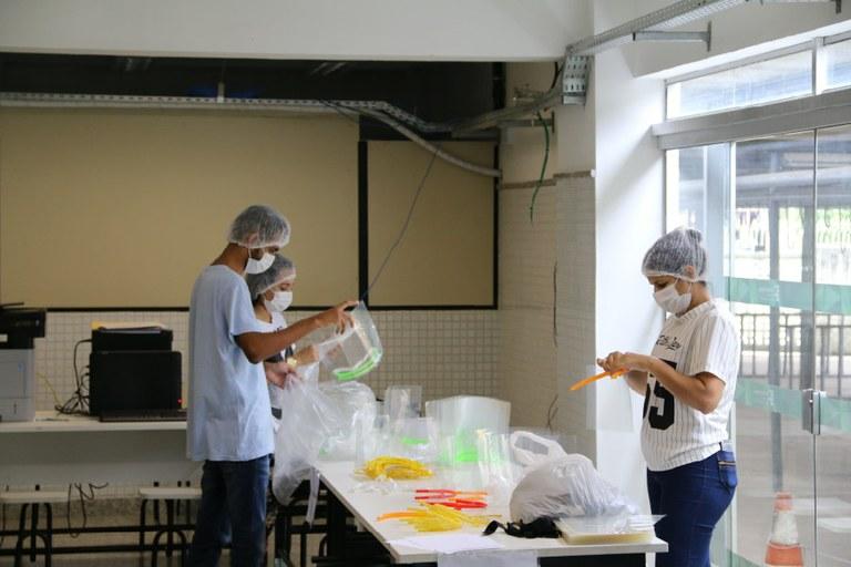 IFF recebe doação da empresa GNA para produção de 5.000 protetores faciais