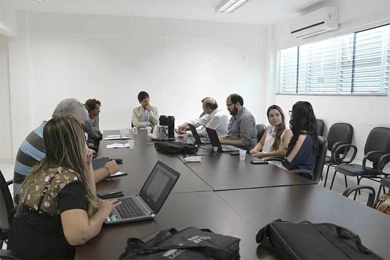 IFF recebe visita de comissão para oferta de novo mestrado