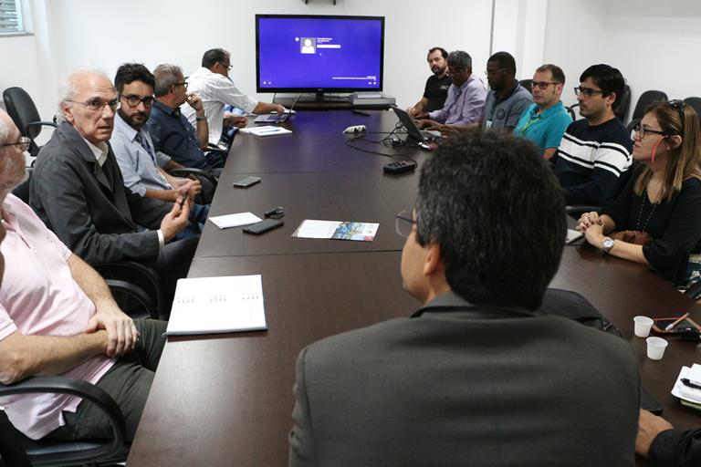 Instituições se reúnem no IFF pela manutenção da Universidade Federal Rural em Campos