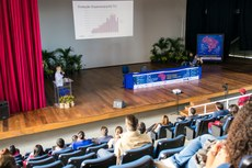 Mesa-redonda discutiu financiamento da pesquisa em instituições públicas