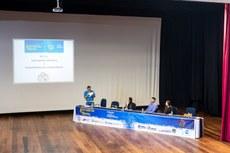 Participantes destacaram a importância de levar o conhecimento científico ao maior número de pessoas