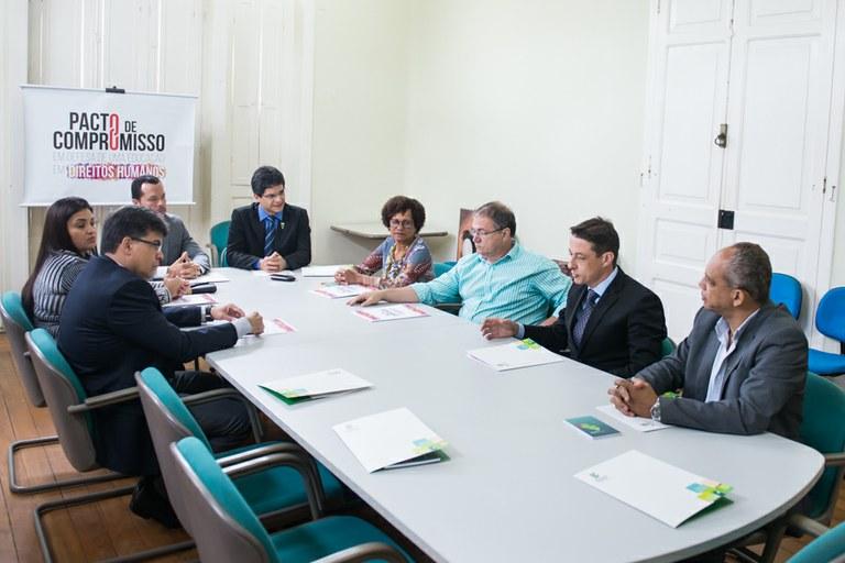 MPF e Fidesc assinam Pacto de compromisso em defesa de uma educação em Direitos Humanos