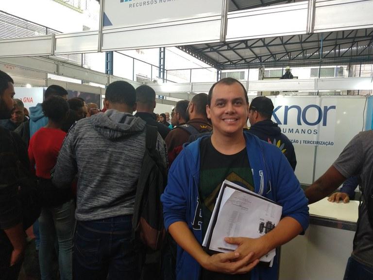 Oportunidades de estágio e emprego atraem jovens e trabalhadores para Feira no IFF