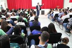 O reitor do IFF, Jefferson Manhães, apresentou dados sobre a educação no Brasil e no exterior e reflexões sobre o programa Future-se.