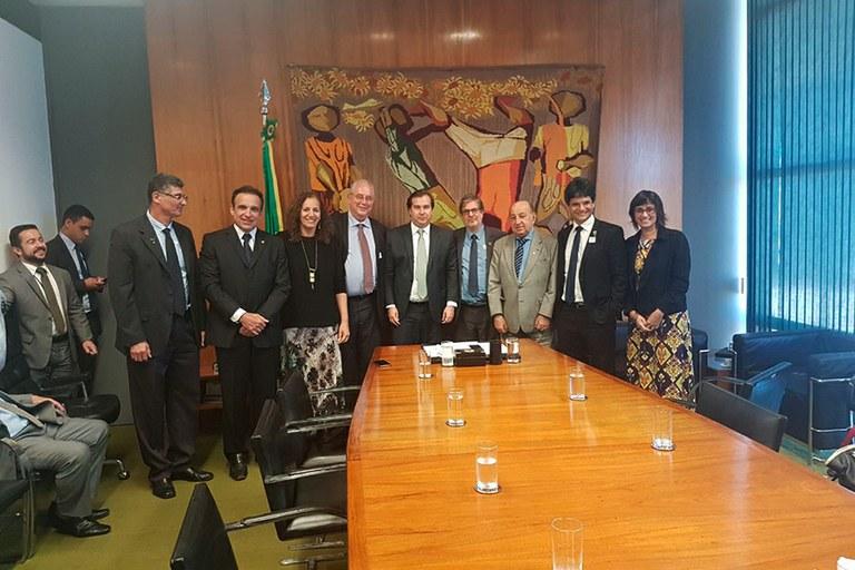 Instituições de Ensino do Rio se reúnem com bancada parlamentar do estado