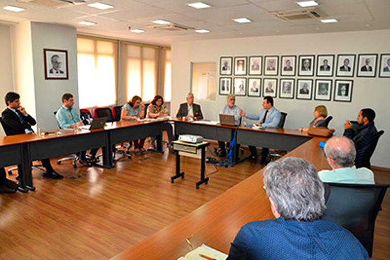 Representantes da FAPERJ e das unidades Embrapii do estado do Rio de Janeiro discutem parceria