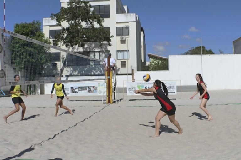 Vôlei de areia estreia nos Jogos dos Institutos Federais Sudeste 2017